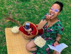 Enjoying my Stove top popcorn The LOVELEELERA Blog